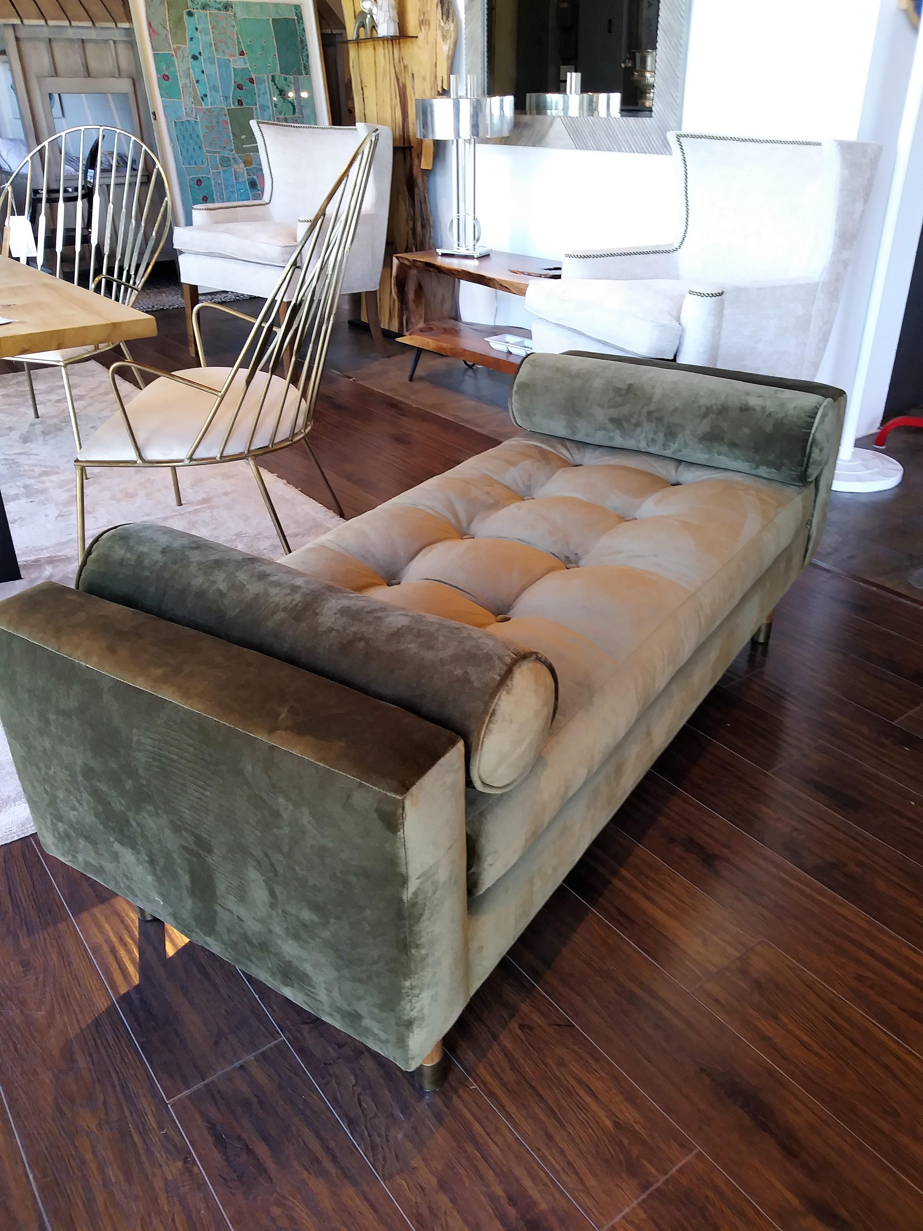 Jaxon Home Fontaine Tufted Day Bed   Image 6 Of 6