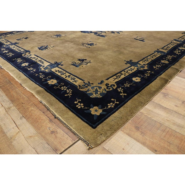 Early 20th Century Antique Chinese Peking Rug With Pagoda Design 08'03 X 09'07 For Sale In Dallas - Image 6 of 10