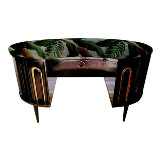 Vintage Black Lacquered Gold Kidney Dorothy Draper Style Hollywood Regency Desk For Sale