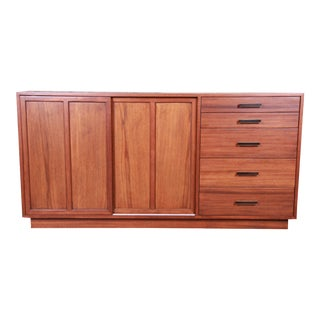 Harvey Probber Mid-Century Modern Mahogany Sideboard Credenza or Bar Cabinet, Newly Restored For Sale