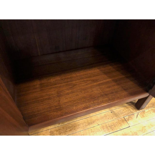 1960s Pair of Mid Century Walnut Nightstands 196s For Sale - Image 5 of 11