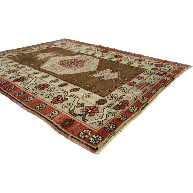 Vintage Turkish Oushak Accent rug, entry or foyer rug. This vintage Turkish Oushak rug features a modern traditional...