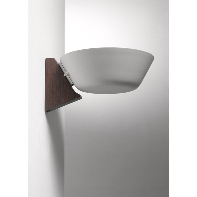 Mid-Century Modern Wood and Metal Wall Lamp, Denmark, 1950s For Sale - Image 3 of 4