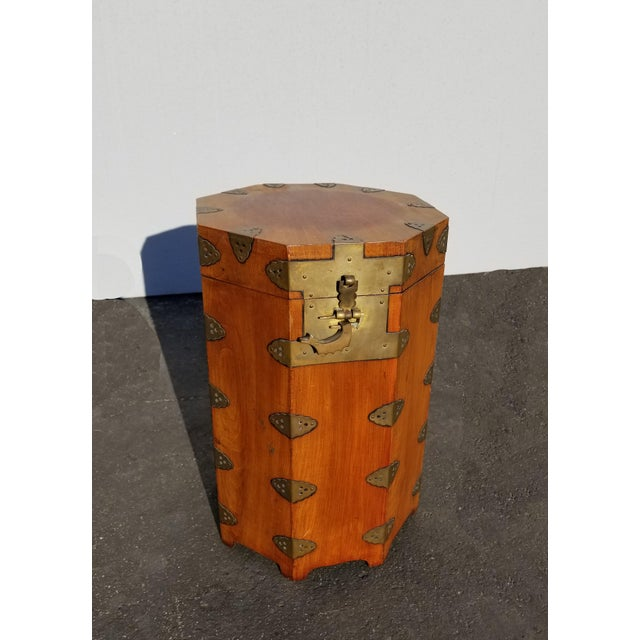 Asian Vintage Oriental Asian Hat Box Storage Box /Stool Made in Korea 1938 For Sale - Image 3 of 13