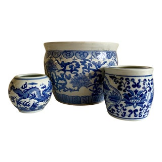 Blue & White Asian Ceramic Plant Vessels, Set of Three For Sale