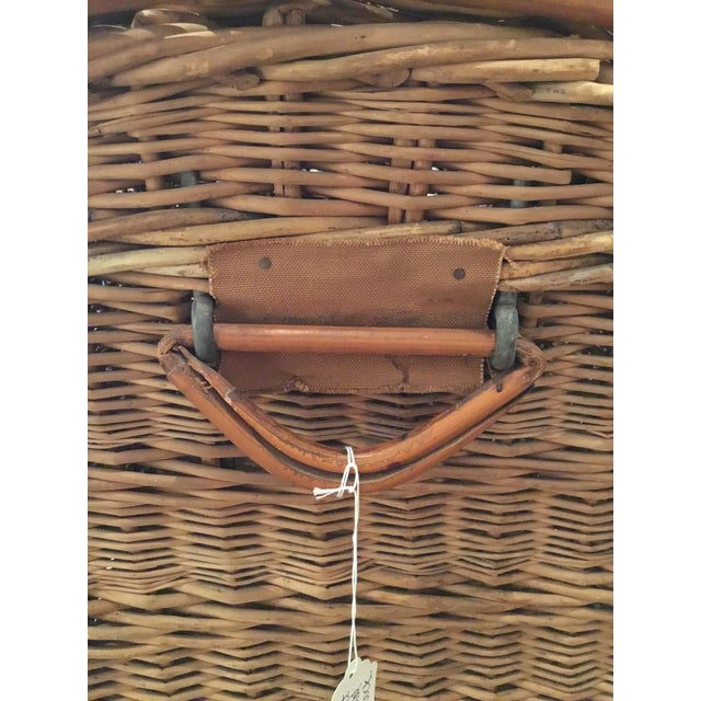 Mid 20th Century 20th Century French Woven Wicker Basket For Sale - Image 5 of 13