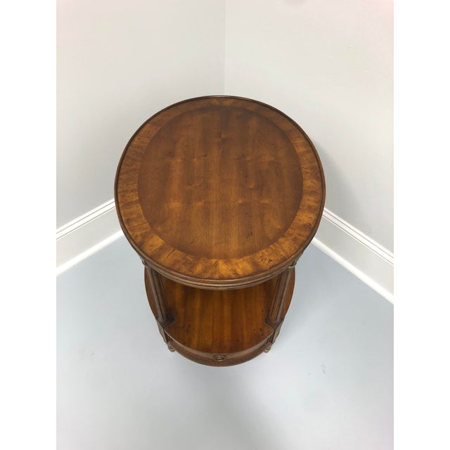Vintage Mid Century Walnut Oval End Side Table by Heritage. Made in the USA in 1972. Style # 105-315 20w 26d 24h Excellent...