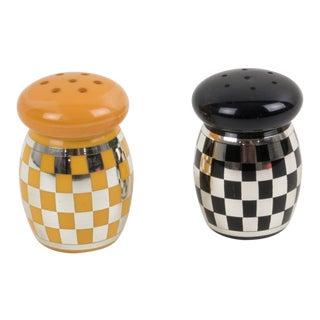 Art Deco Yellow Black Bakelite Condiment Salt Pepper Set - a Pair For Sale