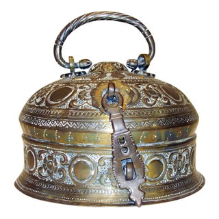 Handcrafted Decorative Round Bronze Anglo Indian Box For Sale