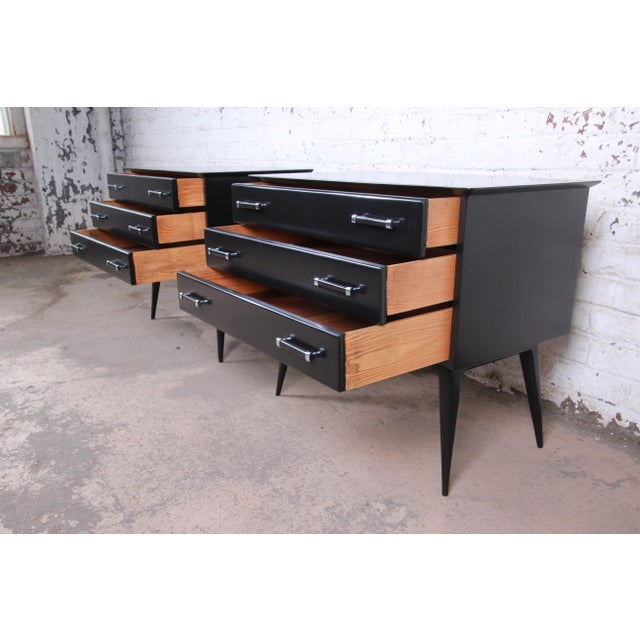 Renzo Rutili for Johnson Furniture Black Lacquered Bachelor Chests or Large Nightstands, Newly Refinished For Sale In South Bend - Image 6 of 13