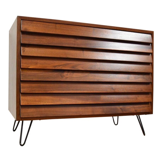 American of Martinsville Louvered Dresser - Image 1 of 9
