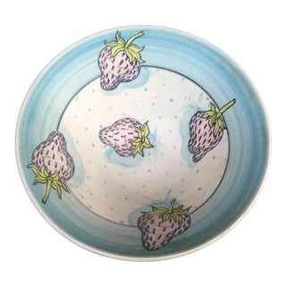 Vintage Studio Art Pottery Strawberry Bowl For Sale