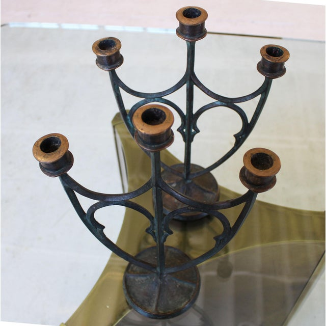 1910s Pair of e.t. Hurley Bronze Three-Arm Candlesticks/Candelabra For Sale - Image 5 of 11