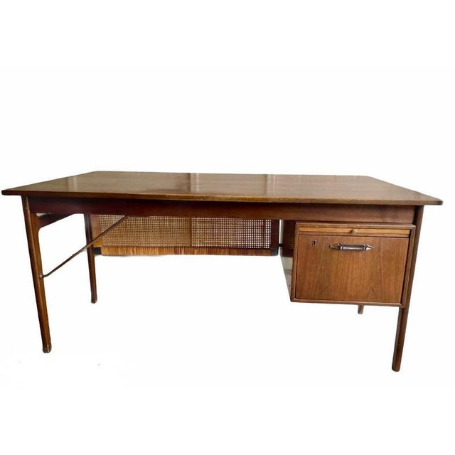 Vintage Mid-Century Modern Executive Desk With Slide Out Tray and One Drawer For Sale - Image 4 of 4