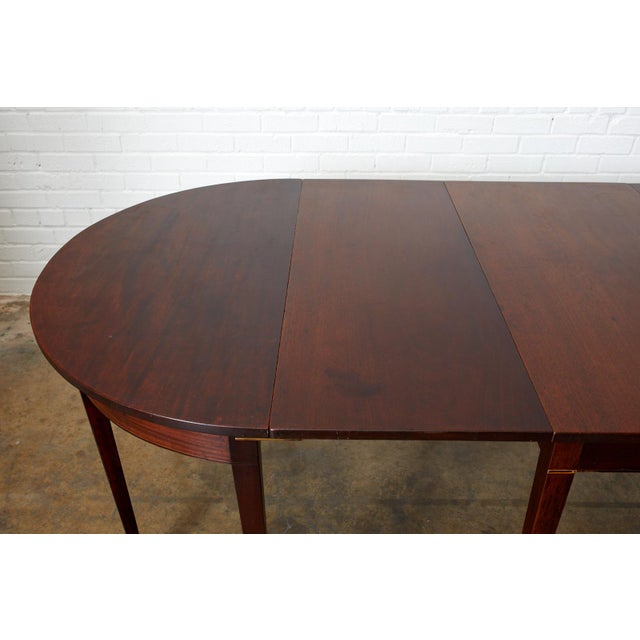 English Hepplewhite Mahogany Dining Table With Demilunes For Sale - Image 4 of 13