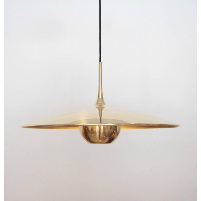 Really beautiful Florian Schulz double Onos 55 pendant lamp with one E27 / model for each lamp and newly wired. Wiring is...