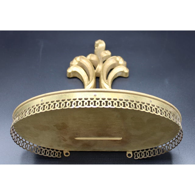 Italian Florentine Golden Gilt Wooden Wall Shelf With Gallery For Sale - Image 11 of 13
