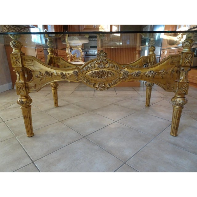 Beautiful italian baroque dining room set.purchased from a furniture store in New York/ New Jersey area, set is in...