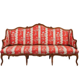 18th Century French Louis XV Rococo Walnut Canapé For Sale