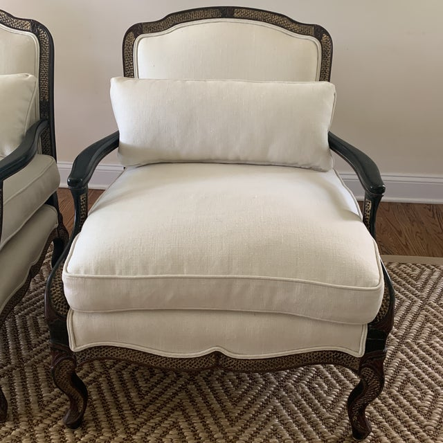 Chinoiserie Ebony Chinoiserie Bergere Style Lounge Chairs Upholstered in White Linen - a Pair For Sale - Image 3 of 12