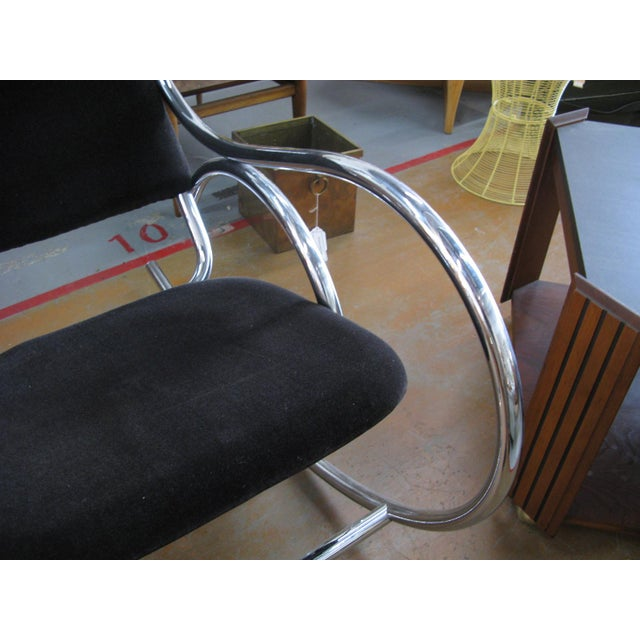 Mid-Century Modern 1970s Mid-Century Modern Curvaceous Upholstered Chrome Rocking Chair For Sale - Image 3 of 10