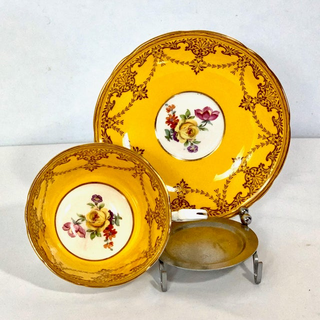 Aynsley Cup & Saucer Yellow Gold Gild W Yellow Rose Floral Bouquet England In great condition. I find no chips, nicks,...