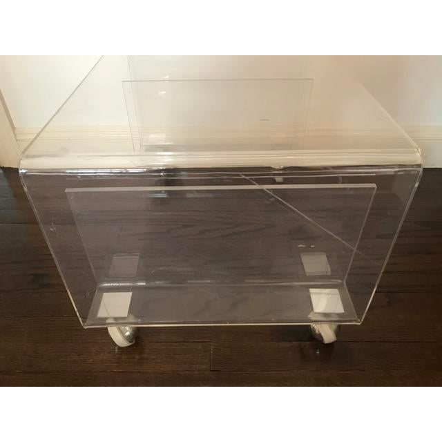 Lucite Side / Coffee Table With Magazine Rack on Wheels For Sale In New York - Image 6 of 9