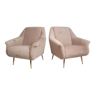 Pair of Contemporary Modern Italian Style Lounge Chairs For Sale