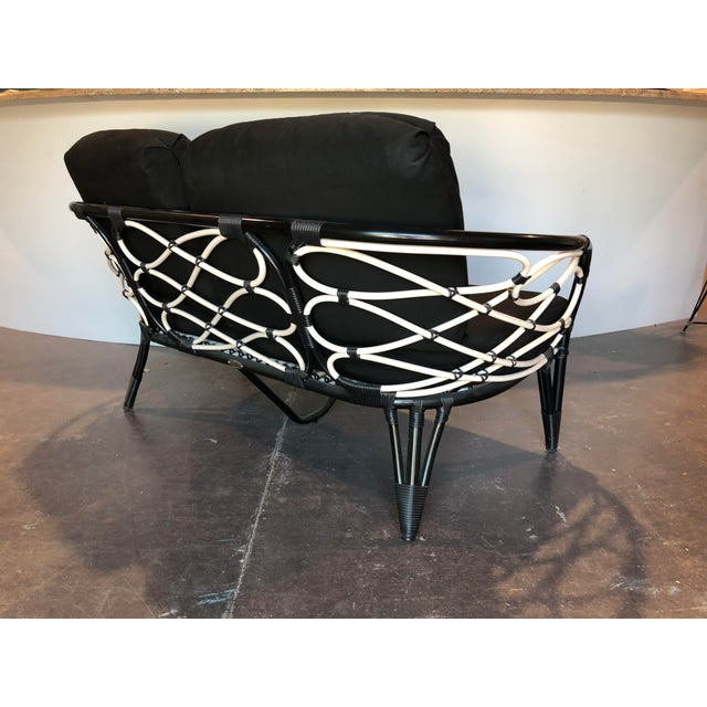 Contemporary David Francis Outdoor Black and White Loveseat For Sale - Image 3 of 7