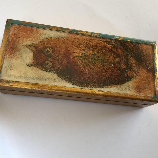 Mid-Century Distressed Owl Box - Image 9 of 9