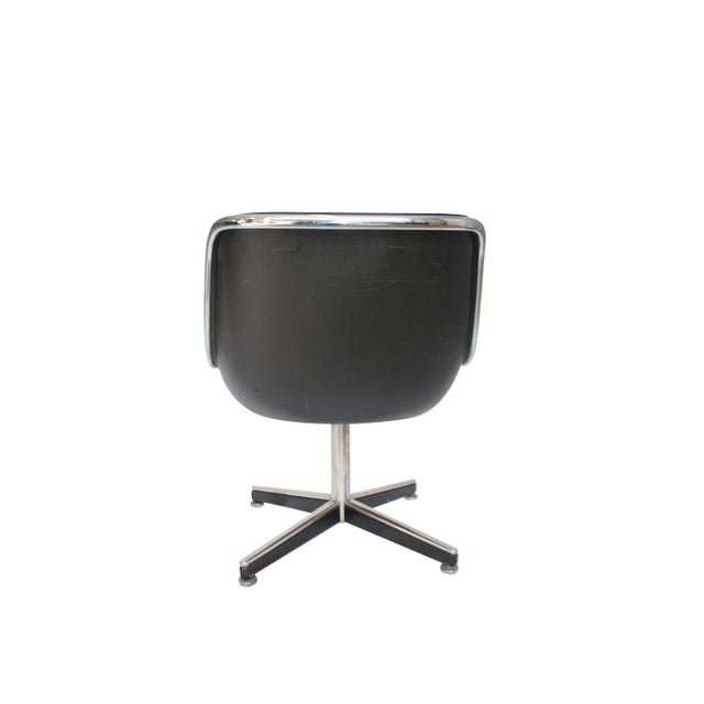 Mid-Century Modern Late 20th Century Knoll Swivel Chairs- a Pair For Sale - Image 3 of 5