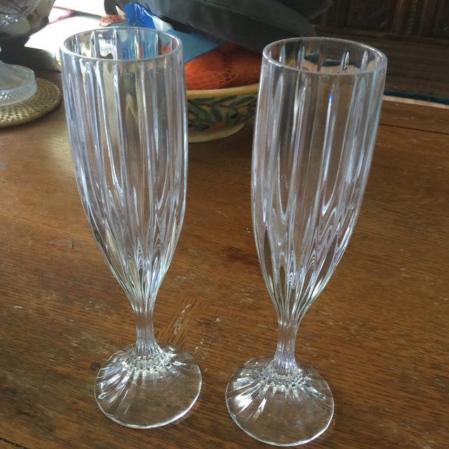 American Classical Mikasa Champagne Flutes - Set of 8 For Sale - Image 3 of 4