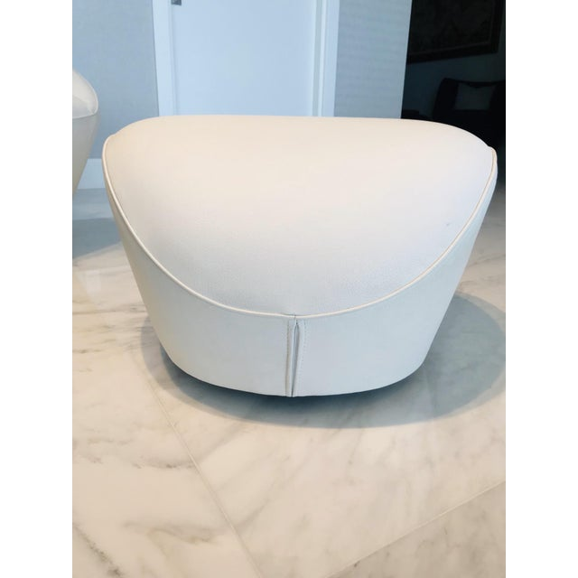 Edito Modernist White Leather Ottoman by Roche Bobois For Sale - Image 11 of 11