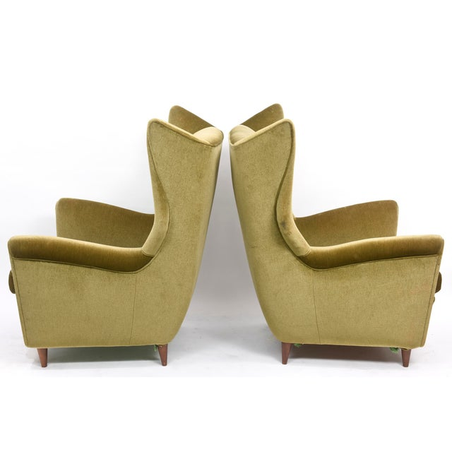 Large and Imposing Pair of Italian Modern Lounge Chairs in Gio Ponti Style For Sale - Image 9 of 11