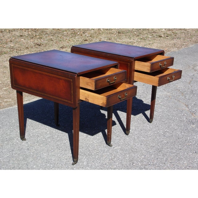 1940s Traditional Pair Federal Leather Top Mahogany Drop Leaf End Tables Nightstands For Sale - Image 5 of 13