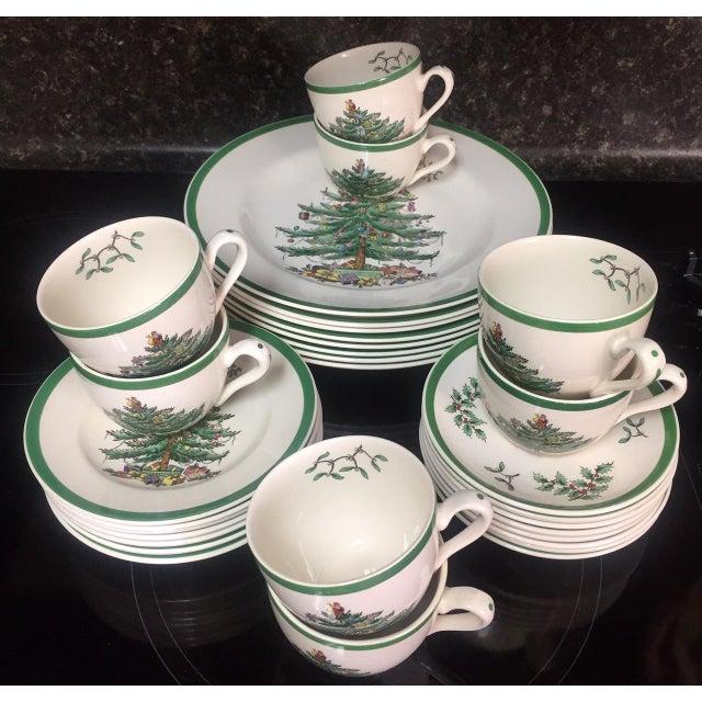Spode Christmas Tree Dinnerware Service for 8