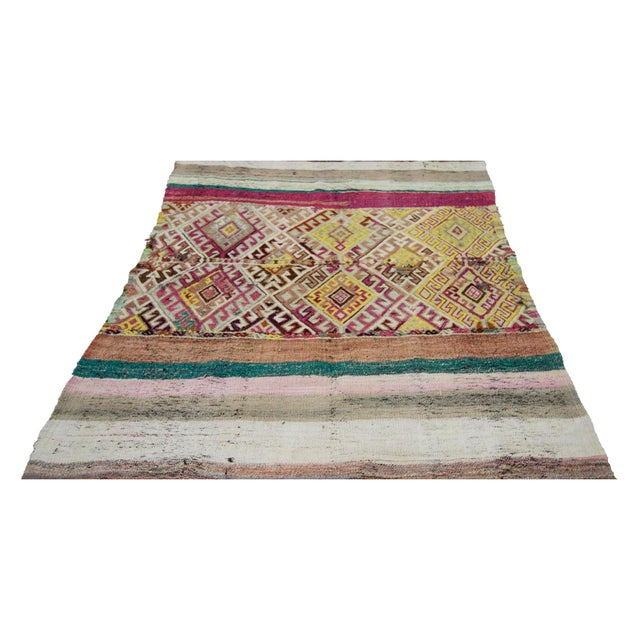 Handwoven Vintage modern small kilim rug from Marash region of Turkey. Approximately 50-60 years old. In very good condition