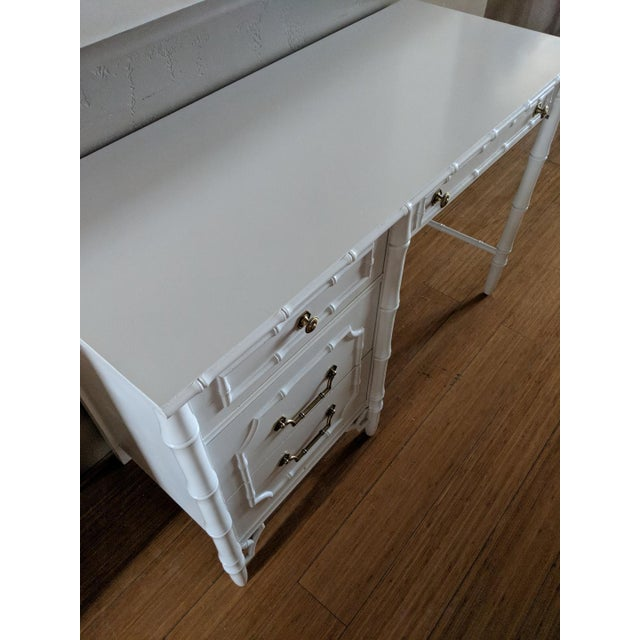 Asian 1960s Chinoiserie Faux Bamboo High Gloss White Writing Desk For Sale - Image 3 of 7