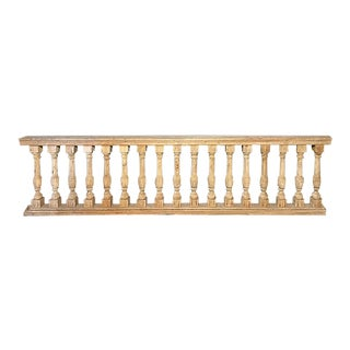 Early 20th Century Traditional Wooden Balustrade Railing For Sale