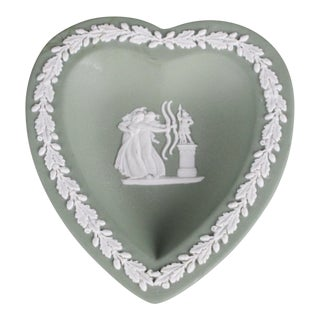 Vintage Mid-Century Wedgwood Heart Tray For Sale