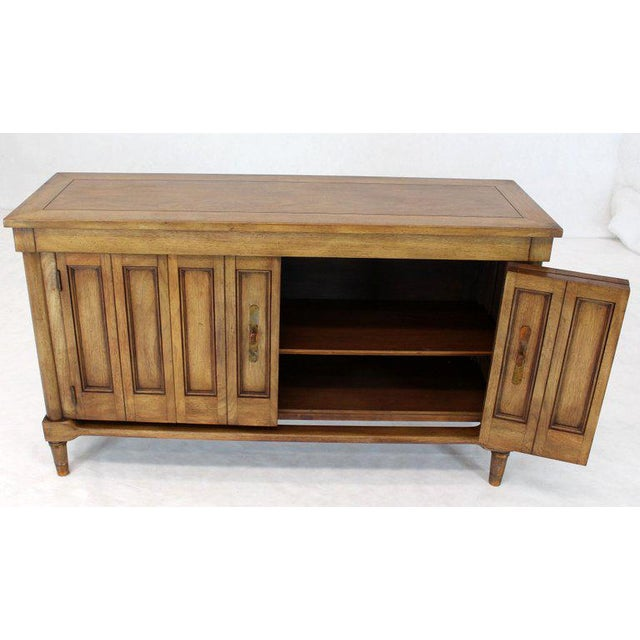Mid-Century Modern Petit Fruitwood Credenza With Double Accordion Doors For Sale In New York - Image 6 of 11