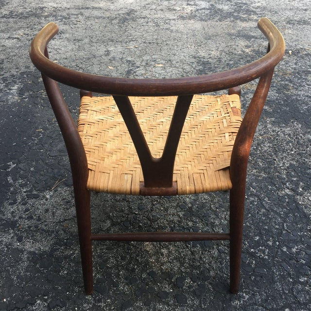 Mid-Century Modern Vintage Hans Wegner Wishbone Chair for Carl Hansen & Son For Sale - Image 3 of 8