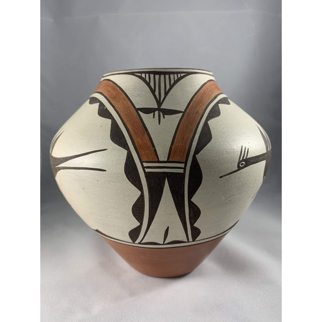 Southwest Zia Pueblo Roadrunner Polychrome Pottery For Sale - Image 4 of 12