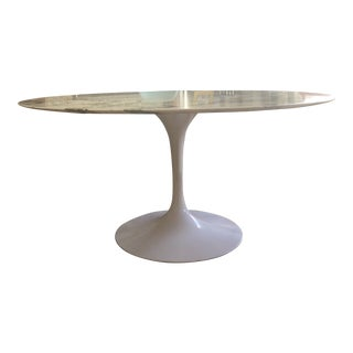 Mid-Century Modern Eero Saarinen Round Dining Table For Sale