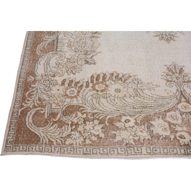 """1960s Vintage Turkish Hand Knotted Whitewash Organic Wool Fine Weave Rug,7'2""""x10'2"""" For Sale - Image 5 of 6"""