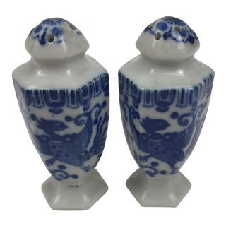 Chinoiserie Blue and White Salt and Pepper Shakers - A Pair For Sale