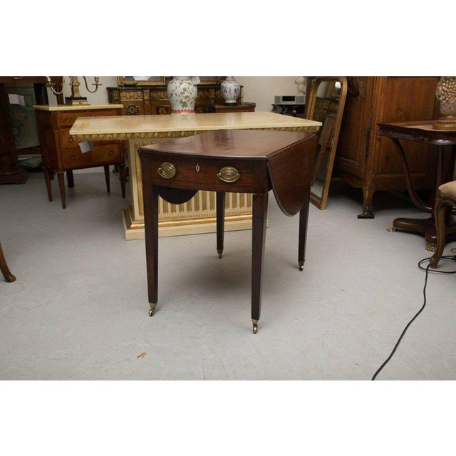 19th Century English Mahogany Oval Pembroke Table For Sale - Image 9 of 9