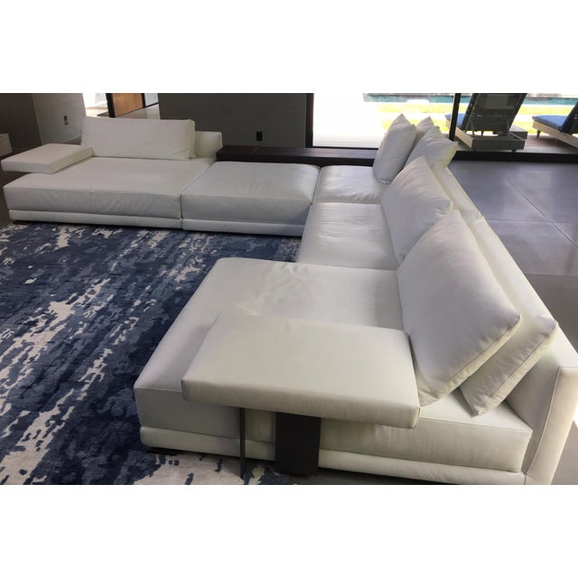 Wondrous Poliform Bristol Leather Couch With Table Short Links Chair Design For Home Short Linksinfo