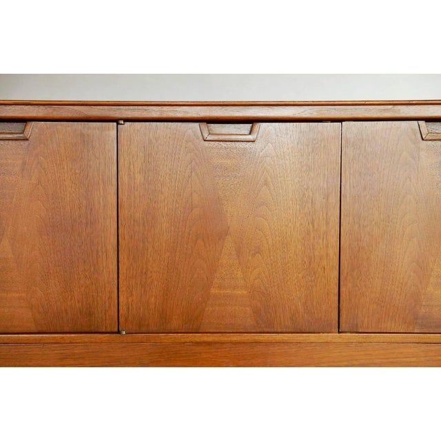 Mid-Century Modern Mid-Century Modern Highboy by John Stuart For Sale - Image 3 of 10