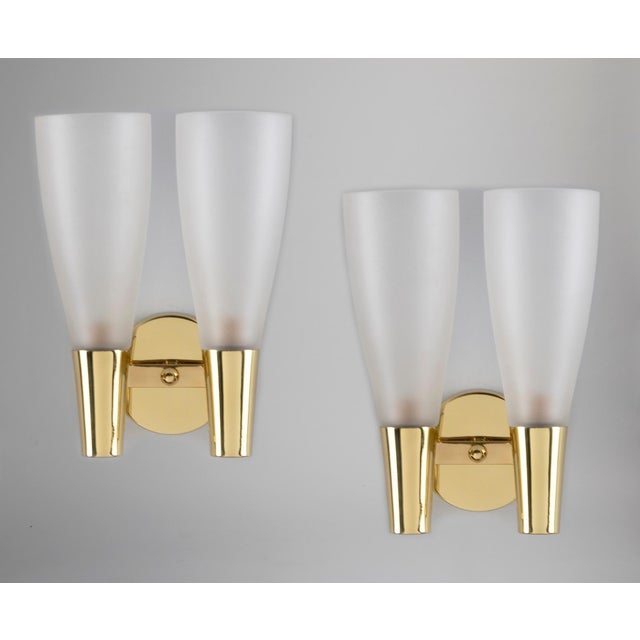 Gold Pair of Modernist Sconces by Pietro Chiesa for Fontana Arte in Bronze and Glass, Italy 1930's For Sale - Image 8 of 8